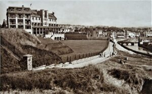 BUDE General View & Grenville Hotel