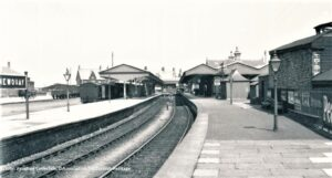Newquay Railway Station post WWI [would become longest platform in Cornwall]